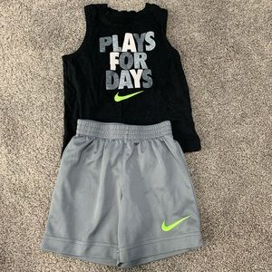 Nike 2-piece short set